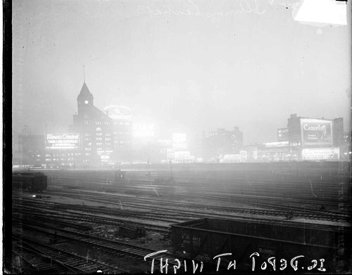 Illinois Central Railroad Depot, Chicago Daily News, Inc., 1925